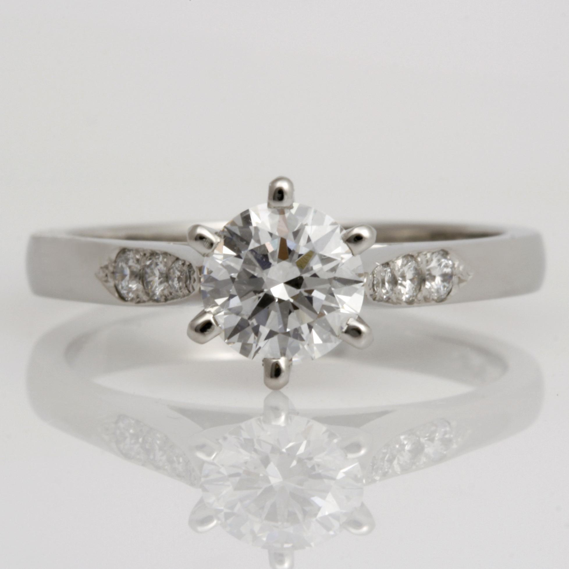 Ladies handmade platinum brilliant cut diamond Engagement ring