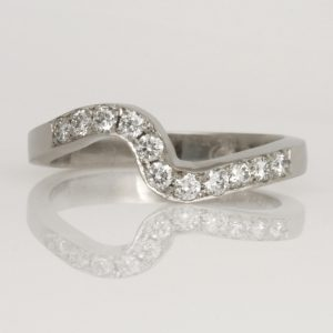 Handmade ladies Platinum Diamond set 'fitted' Wedding ring