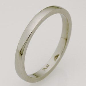 Ladies handmade platinum wedding ring