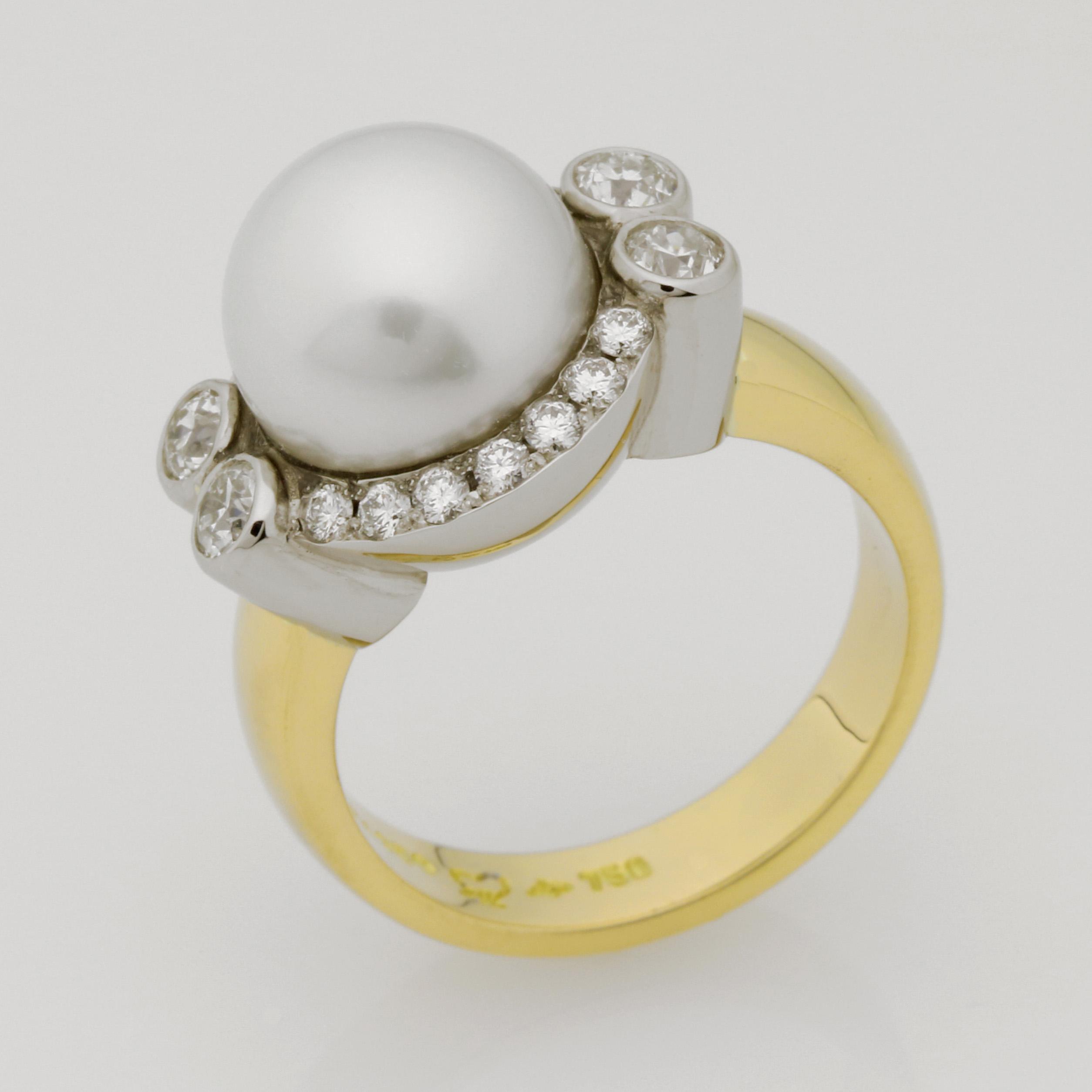 Ladies handmade palladium and 18ct yellow gold pearl and diamond ring