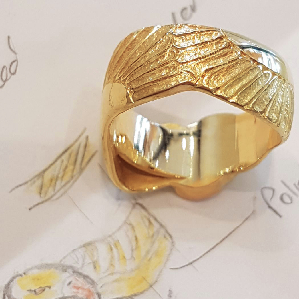 Mens handmade 18ct yellow gold and 18ct rose gold eagle ring