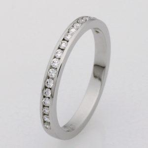 Handmade ladies platinum diamond wedding ring